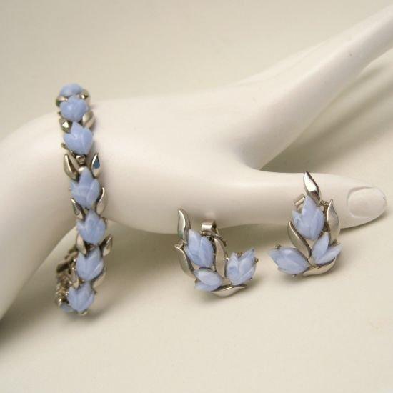 CROWN TRIFARI Vintage Bracelet Earrings Mid Century Pale Blue Acrylic Tulips Set