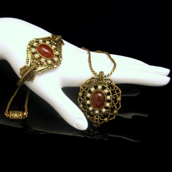 Vintage Pendant Necklace Bracelet Set Victorian Revival Red