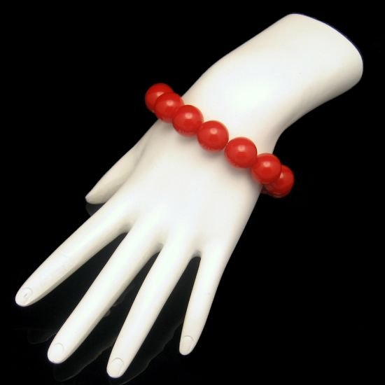 Vintage Bracelet Large Chunky Bright Red Lucite Beads Stretch Pretty