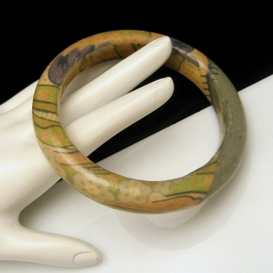 Vintage Olive Green Lacquered Fabric Cloth Bangle Bracelet Large 8 inch