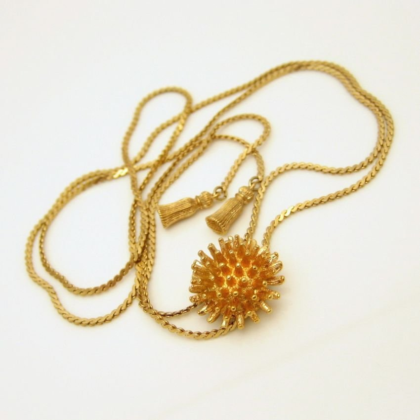 Vintage Necklace Mid Century Serpentine Chain Sautoir Spiked Slide Pendant
