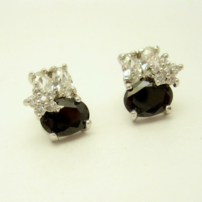 Black Glass Rhinestones Stars Vintage Post Earrings Classy Elegant