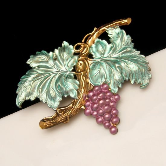 Vintage Brooch Pin Mid Century Purple Large Grapes Cluster Blue Green Enamel Striking