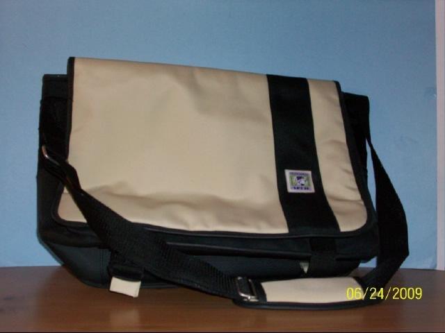 American Studios Messenger Bag