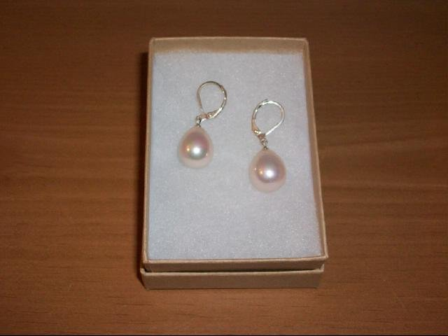 Baby Face Pink Sea Shell Drop Bead Pierced Earring