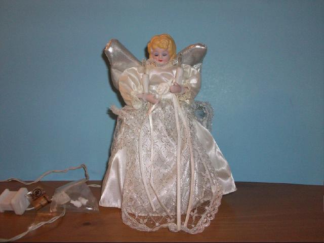 Christmas Angel Lighted Treetop - 9 Inch