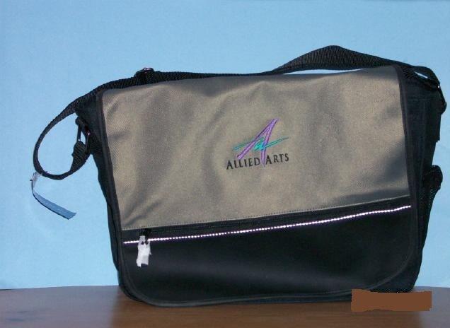 Allied Arts Metro Messenger Bag