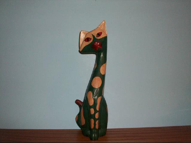 Collectible Retro Cat Wood Carved Figurine