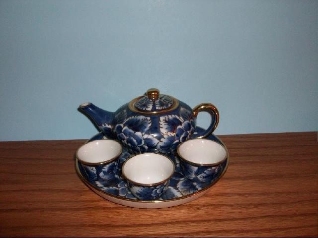 Vintage Chinese or Japanese Tea Set