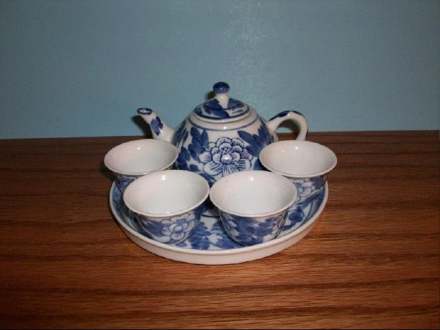 Vintage Chinese or Japanese Mini Tea Set