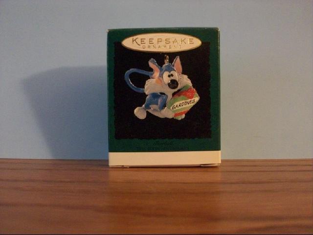 Hallmark Mini Keepsake Ornament - Furrball