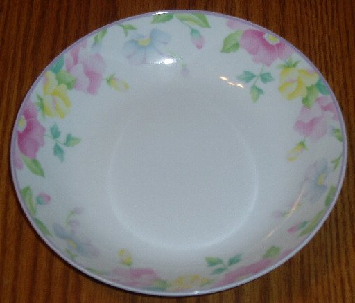Mikasa Convent Garden Pattern 7.5 Inch Soup Bowl Floral
