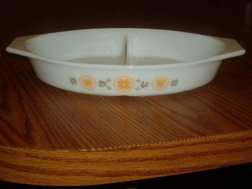 Pyrex Divided Casserole Dish Town and Country Pattern