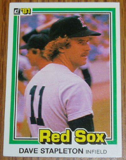1981 MLB Donruss Dave Stapleton Card #544 Red Sox