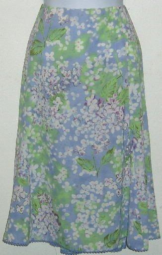 NWT Sag Harbor Light Purple Floral Skirt Size 18