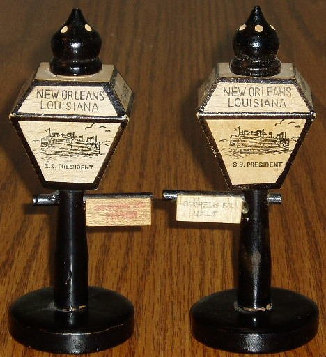 Vintage New Orleans Wooden Lamppost Salt/Pepper Shakers