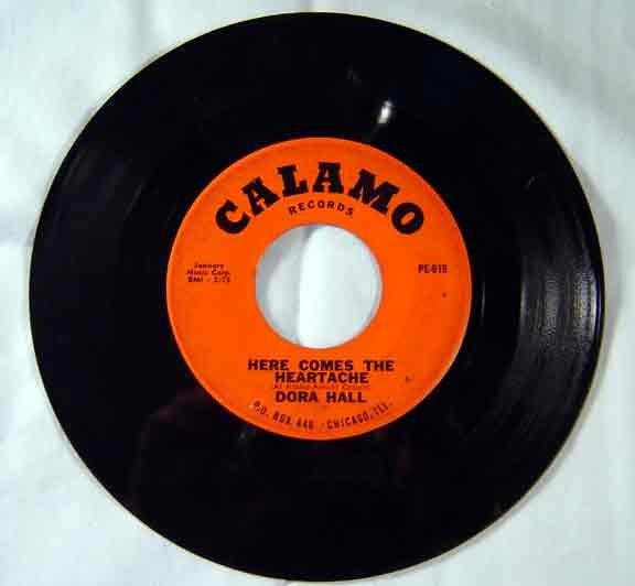 DORA HALL - Here Comes Heartache- Calamo
