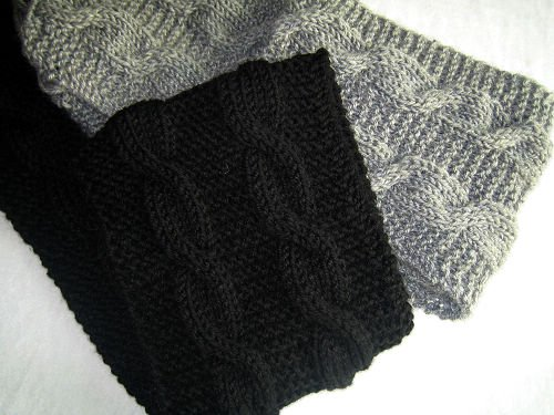 Beautiful kand-knitted pair balck and grey long scarves