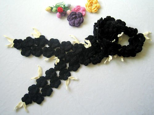 Hand-crochetted black  peachblossom flowers scarf with white leaves