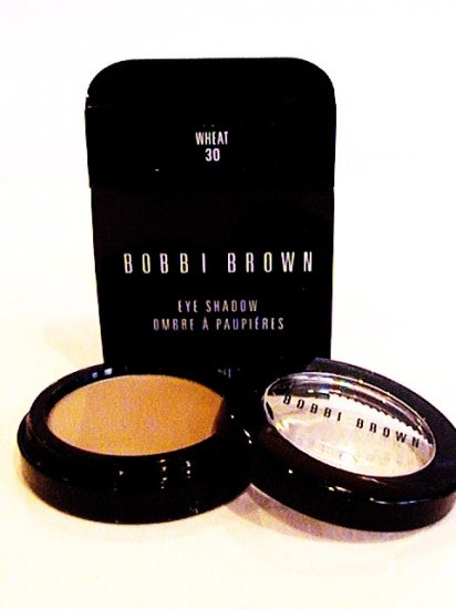 BOBBI BROWN POWDER EYESHADOW 30 WHEAT