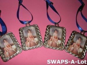Mini Juliette Low Pendant Charm SWAPS Kit Girl Kids Scout makes 12