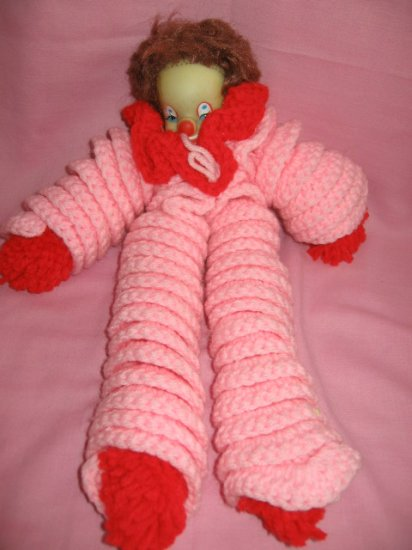 KITSCHY cute CROCHET CLOWN pink crocheted kitsch