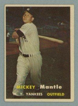 1957 Topps # 95 Mickey Mantle Yankees HOF VG