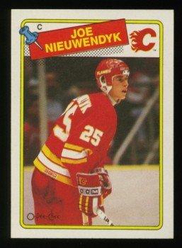 1988-89 OPC # 16 -- Joe Nieuwendyk RC, Flames, Rookie