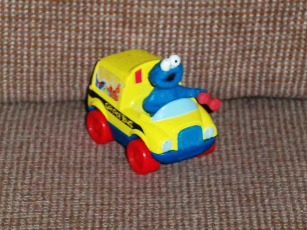 Fisher Price Sesame Street Die-Cast Vehicles Cookie Monster's School Bus 2005 Loose Used