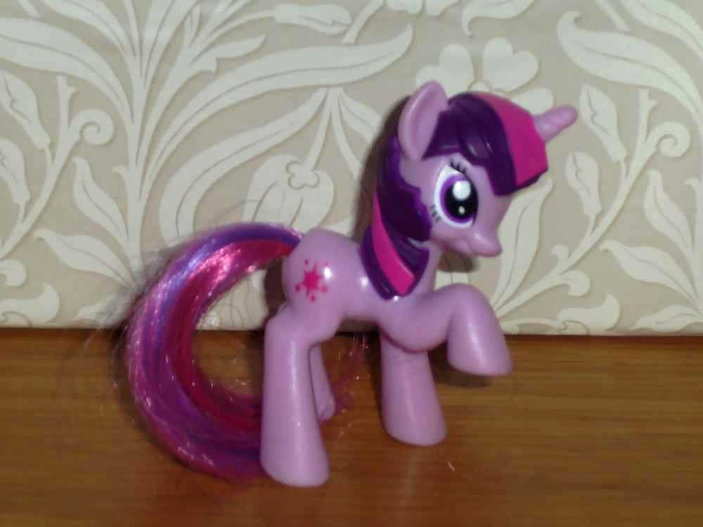 McDonald's 2011 My Little Pony Twilight Sparkle Happy Meal Toy Hasbro Loose Used
