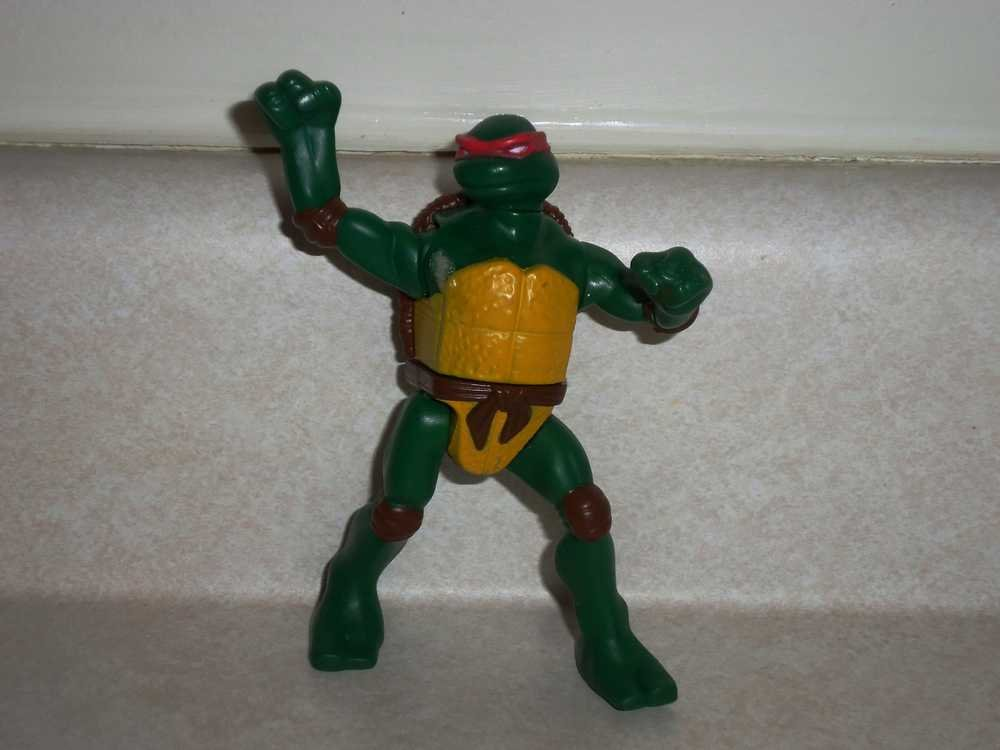 mcdonald u0026 39 s teenage mutant ninja turtles 2007 raphael action figure happy meal toy loose used
