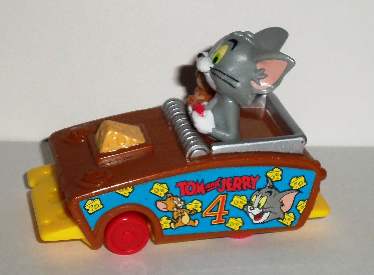 Tom And Jerry Car Race