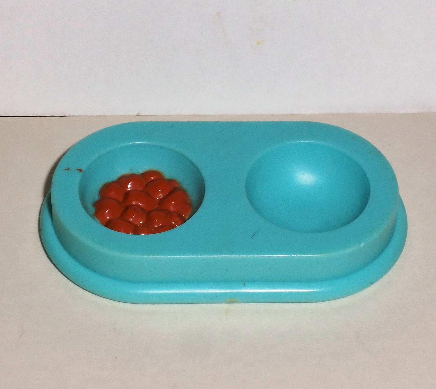 Fisher-Price 1993 Dream Doll House Aqua Dog Food Dish Dollhouse Loose Used