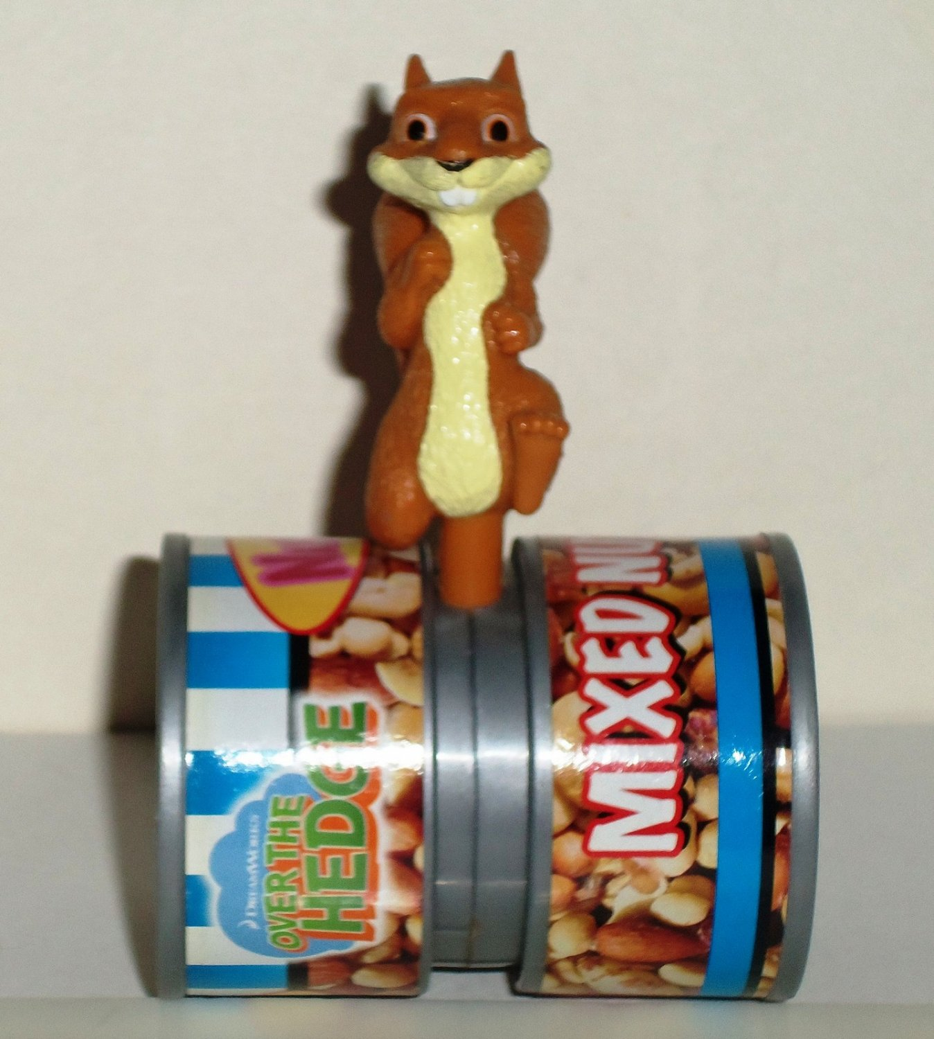 Wendy s 2006 Over the Hedge Hammy Squirrel Mixed Nuts Can Kids