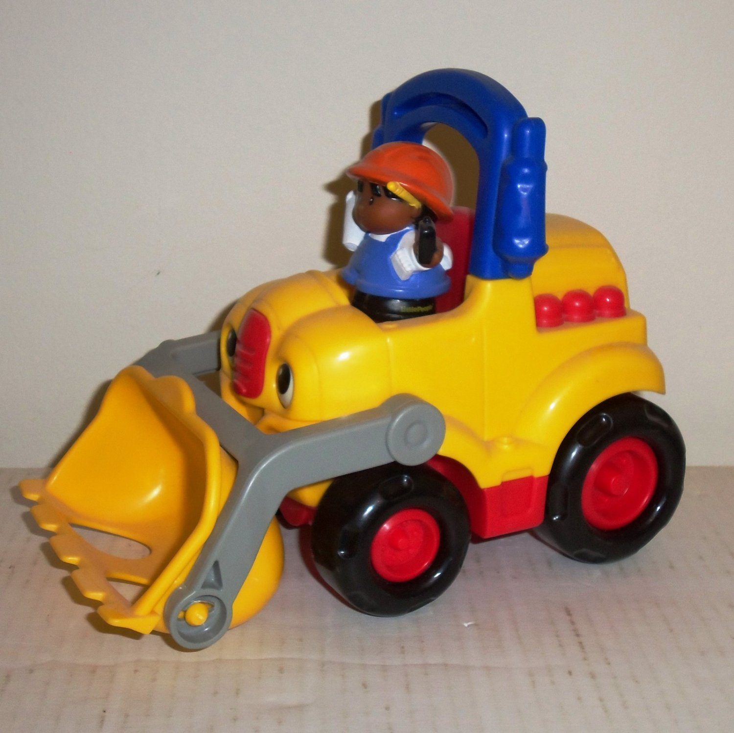 Fisher-Price Little People #B9169 Lifty The Loader Truck w/ Driver Mattel 2003 Loose Used