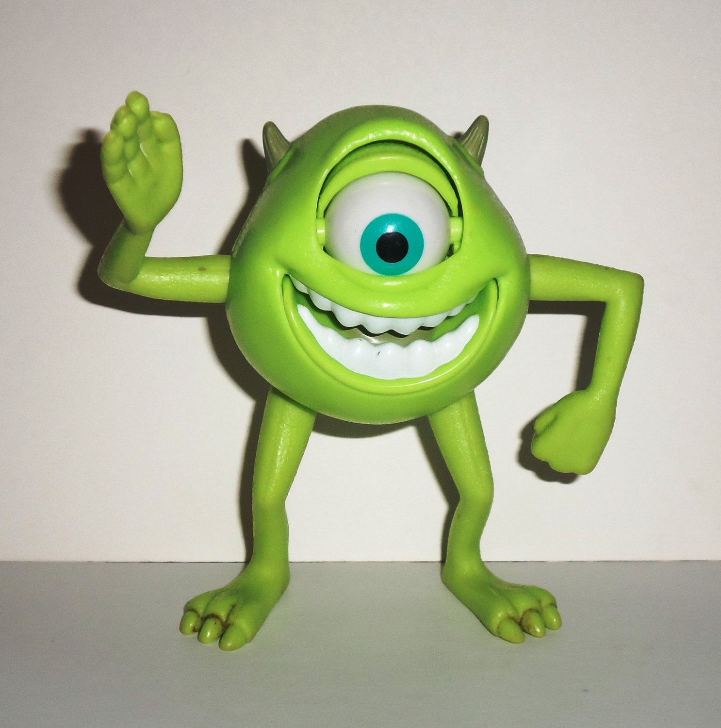 Mcdonald 39 s 2005 pixar pals monsters inc mike wazowski for Monster advanced search
