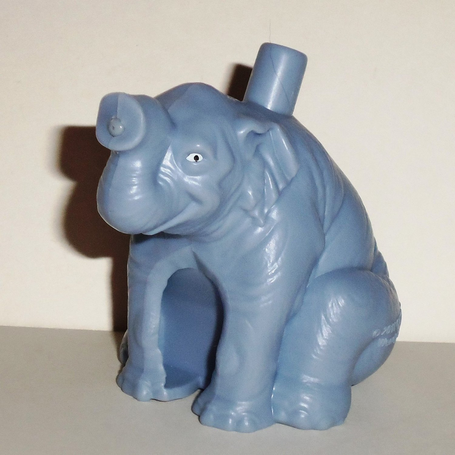 Wendy s 2011 Zookeeper Barry s Tar Practice Elephant Kids Meal