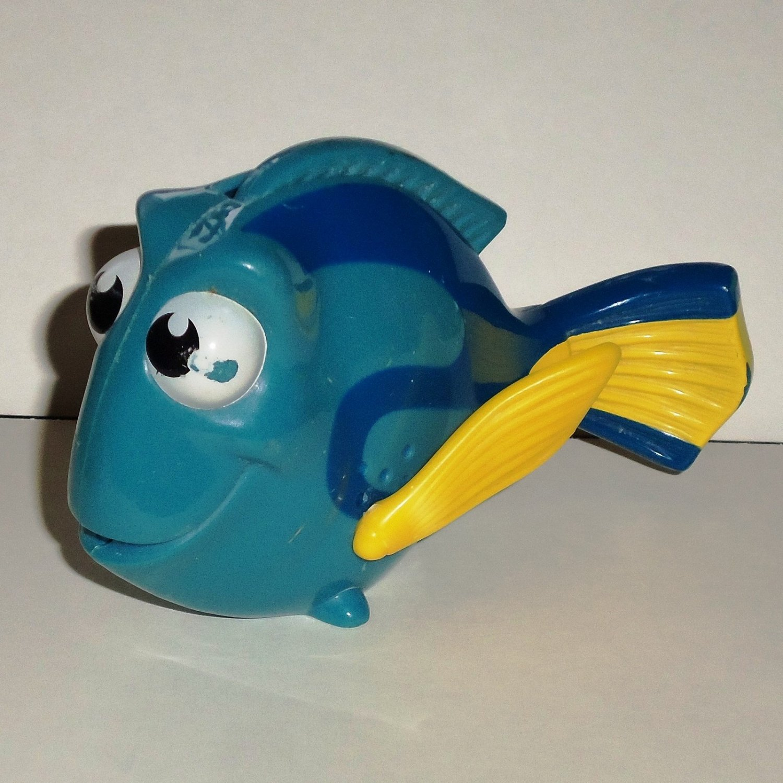 Mcdonald S 2003 Disney Pixar S Finding Nemo Dory Happy