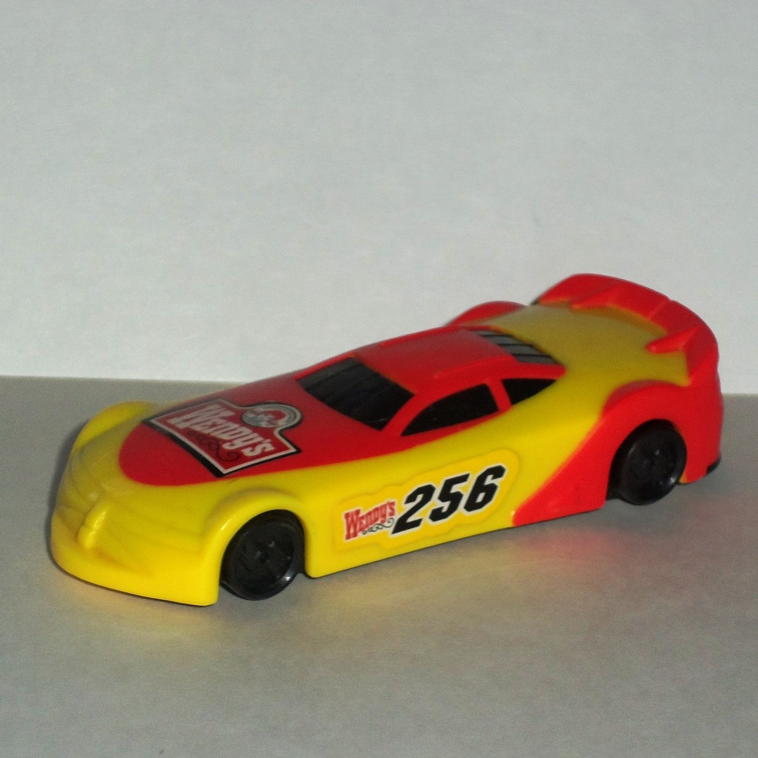 Wendy's 2009 Racers #256 Plastic Race Car Kids Meal Toy Loose Used