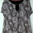 SUSAN LAWRENCE PLUS SIZE 2X BLACK & WHITE TOP/TUNIC SCOOP NECK  WHIMSICAL DESIGN