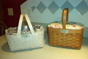 Henn Workshops 1995 fruitwood finish museum basket with stationary handle