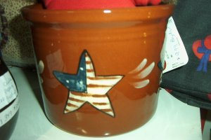 Eldreth Pottery Redware 1 qt crock with a star design