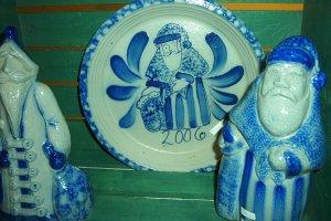 Eldreth Pottery salt-glazed santa plate 2006 design