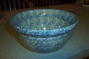"Gerald E Henn Workshops 12"" blue Sponged mixing bowl hostess used FP stamp"