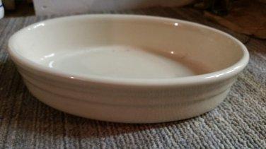 """Gerald E Henn Workshops cream 10"""" oval baker"""