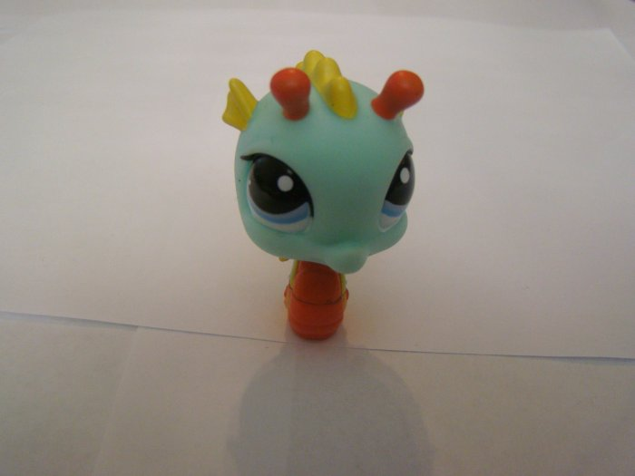 Littlest Pet Shop Water Dragon Toy