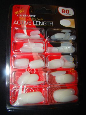 LA Colors Active Length round nails