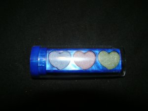 Fira Hearts Blue Eyeshadow Compact For Girls