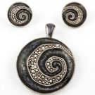 Silvertone Circle Pendant & Post Earring Set / Blue Epoxy And Detail