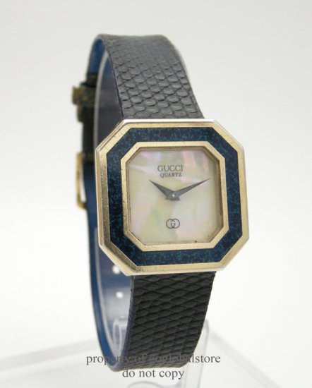 Vintage Gucci Blue Mother of Pearl Ladies Wrist Watch